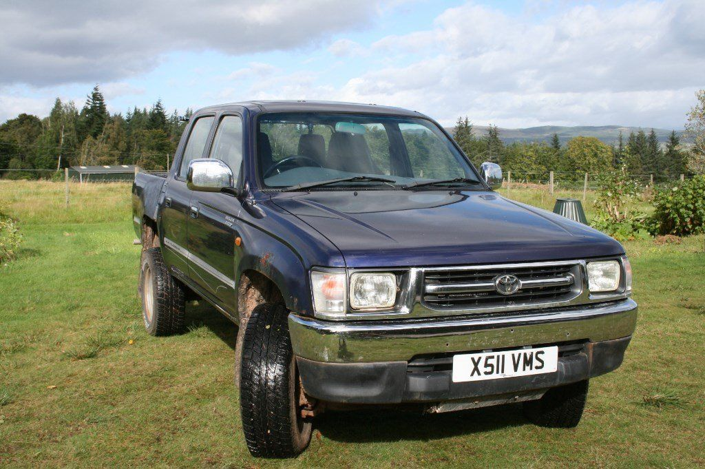 Toyota Hilux 2.4 Turbo Diesel GX pick up