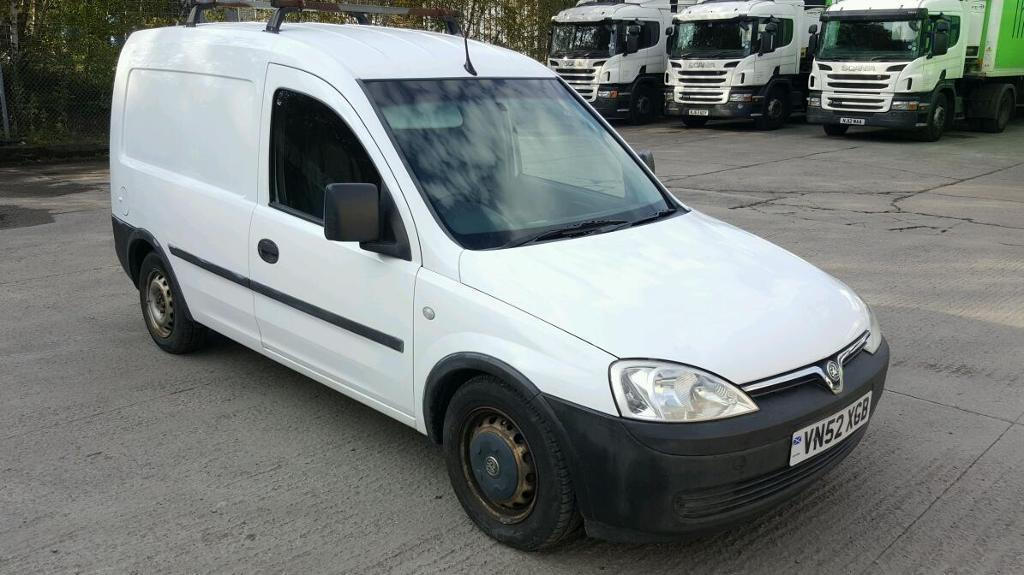 03 vauxhall combo van 63k years mot very clean 1.7 diesel