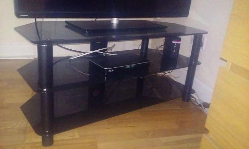 Tv stand tv up to 50 inch smoked glass
