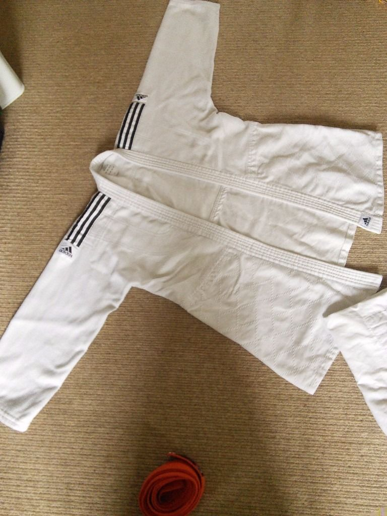 Judo training suit