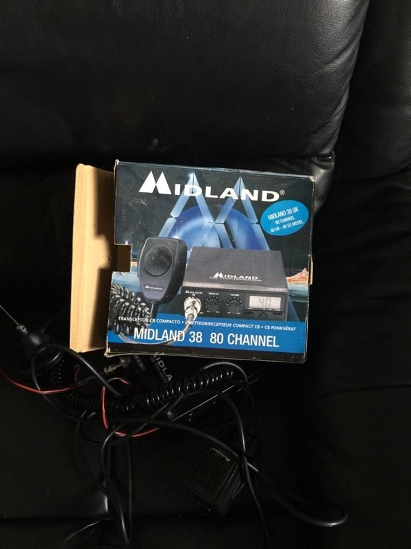 Full Cb radio set up midland 80 channels
