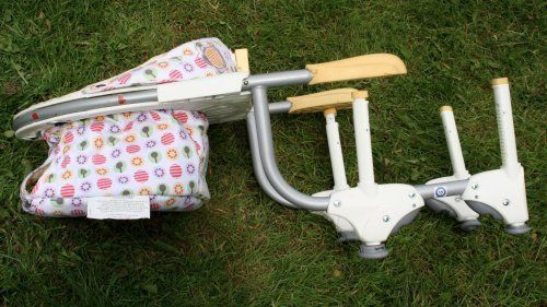 Chicco 360 spin baby seat. CLIPS ON TO TABLE!!