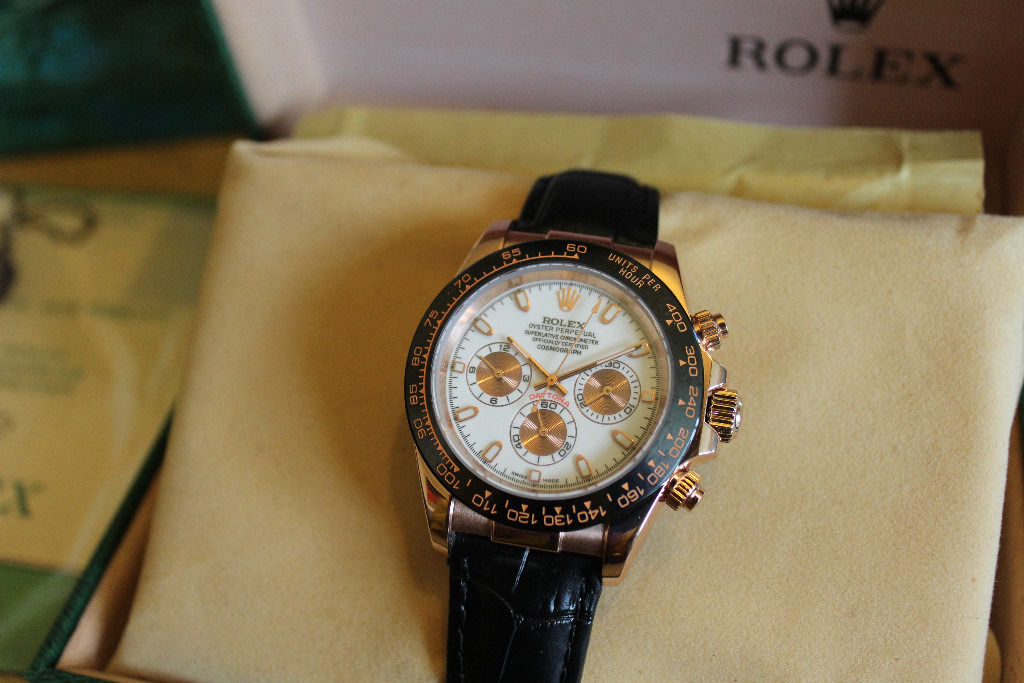 STUNNING BRAND NEW ROLEX LADIES DAYTONA OYSTER WITH BOX AND PAPERS SWAP WHY
