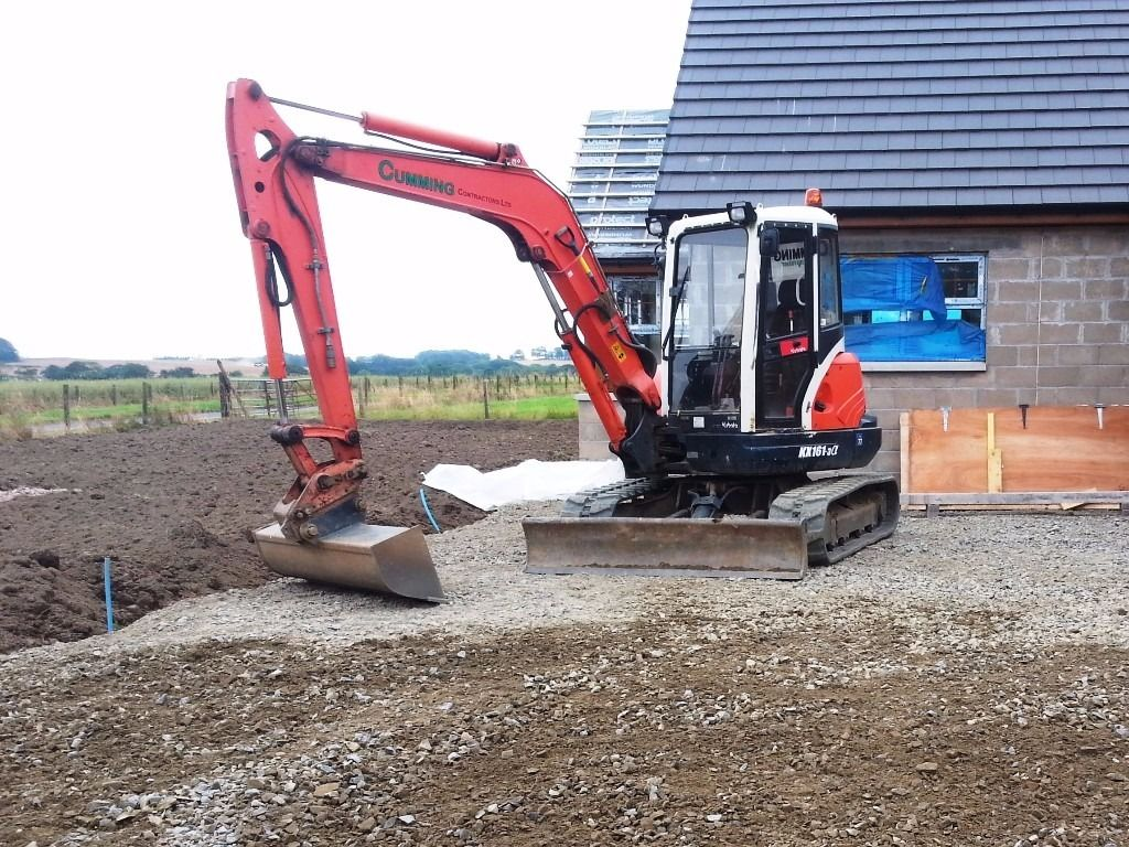Digger works - drainage, soakaways, site clearance, founds, service tracks and hardstandings