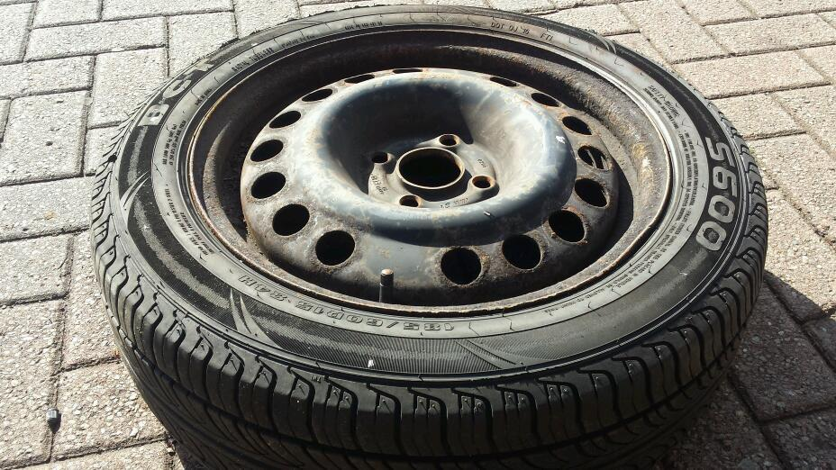 Vauxhall combo wheel and tyre