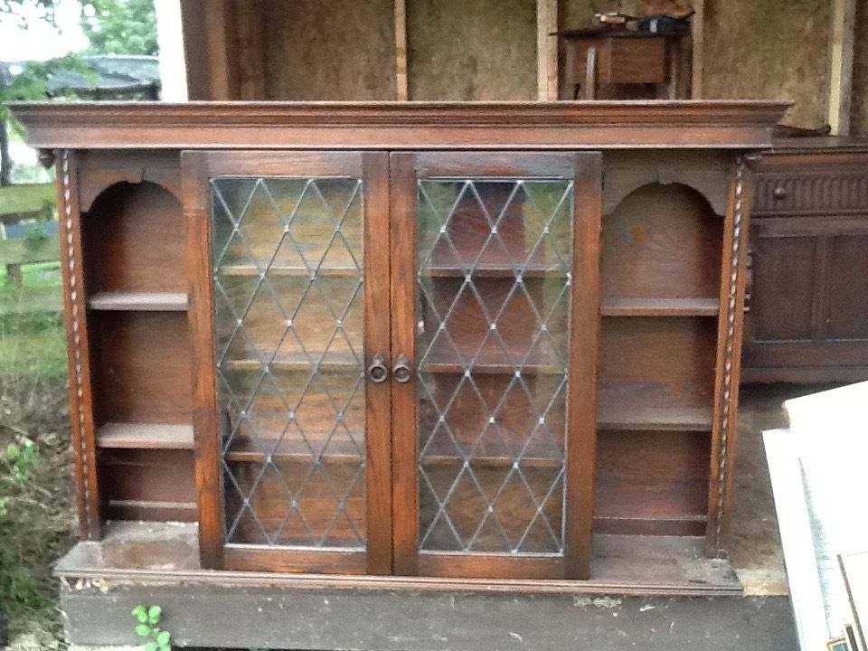 Antique cabinet and display unit