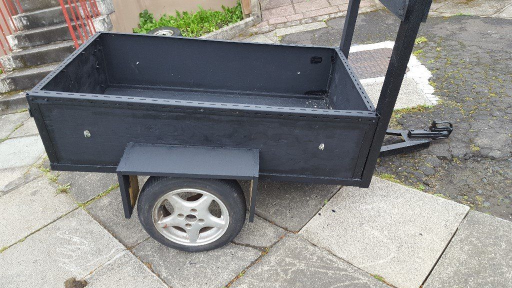 FOR SALE 5 FEET BY 3 FEET TRAILER