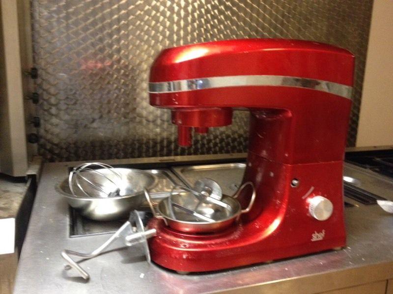 Red Shef Dough and flour mixer .