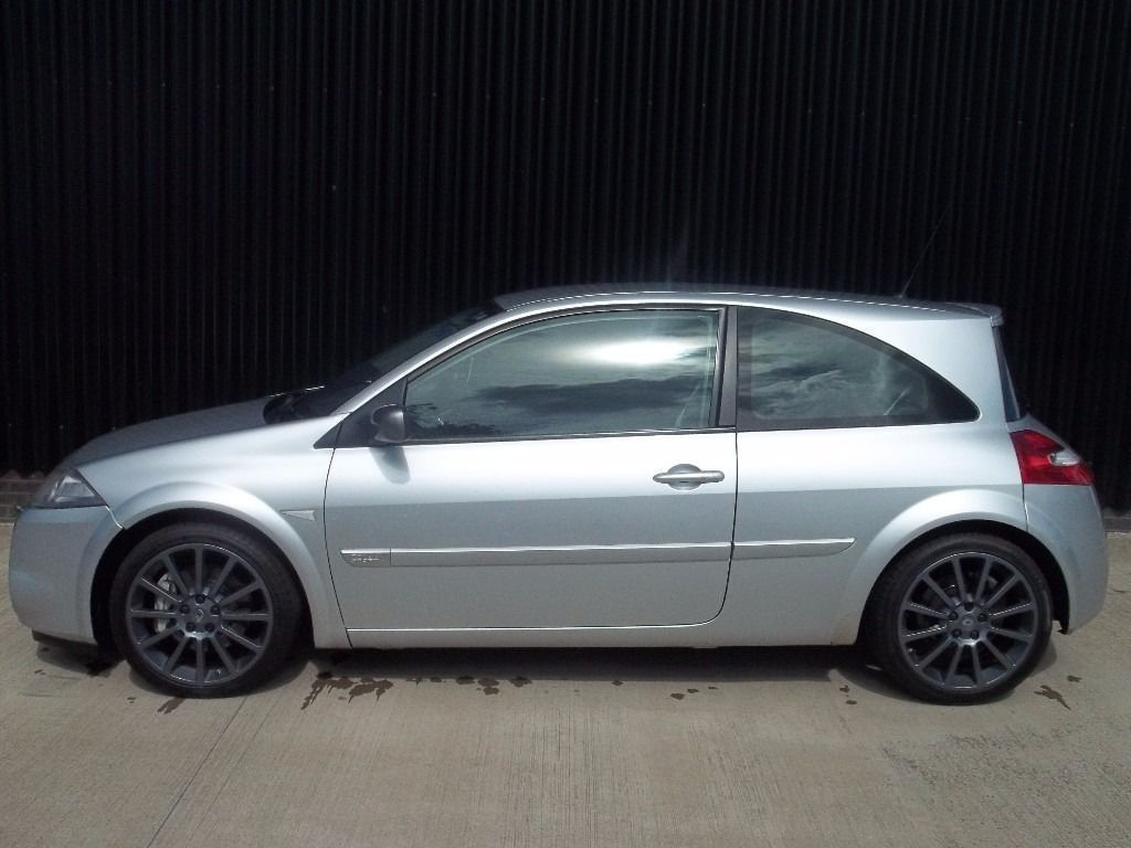 2006 (56) Renault Megane Sport 225 rs moted april 2017 may px