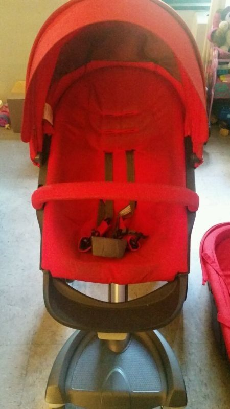 Stokke Xplory pushchair in red
