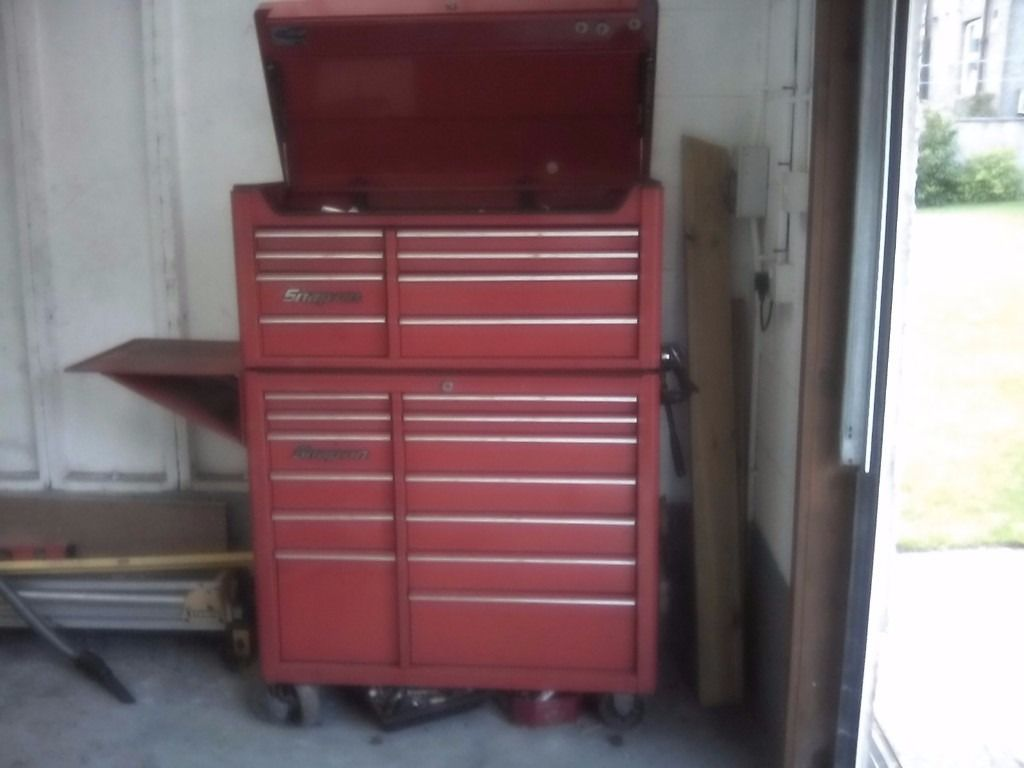 Snapon toolbox and rollcab with side shelf