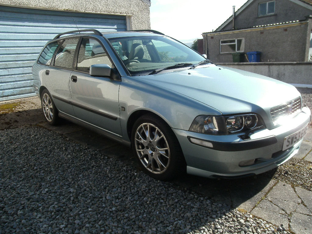 Volvo V40 53 plate good runner