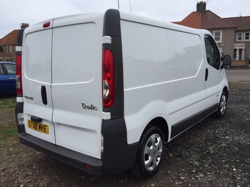 Renault Trafic SL27 + DCi 115.. 6 Speed.. 08 Plate