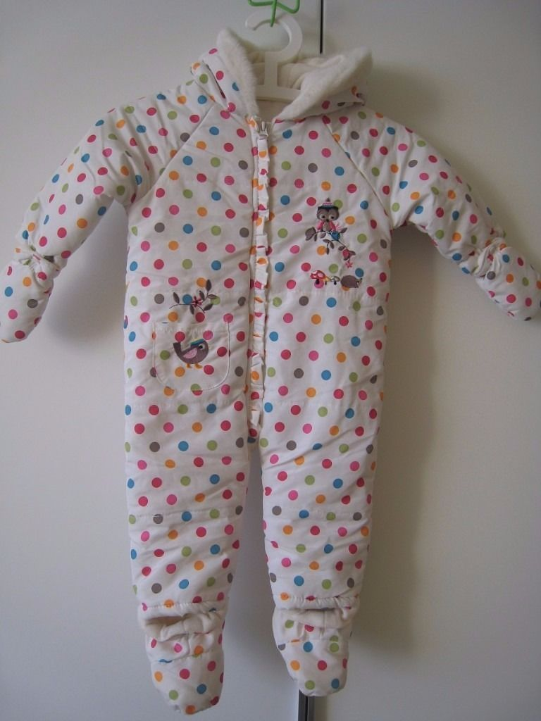 Baby snowsuit - 9 - 12 months - like NEW