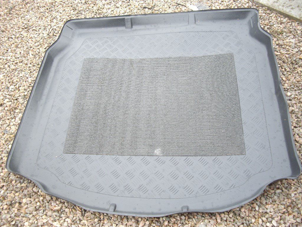 X-TYPE JAG BOOT LINER