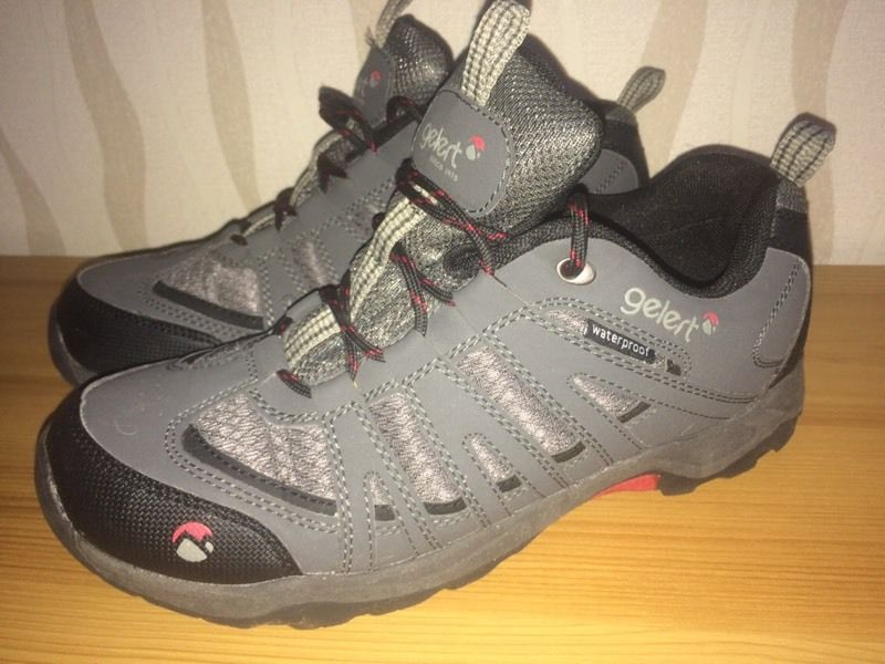 Gelert waterproof walking / hiking shoes size 7 (41)