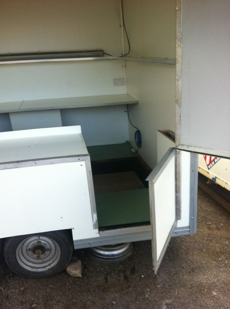 Catering/Exhibition trailer