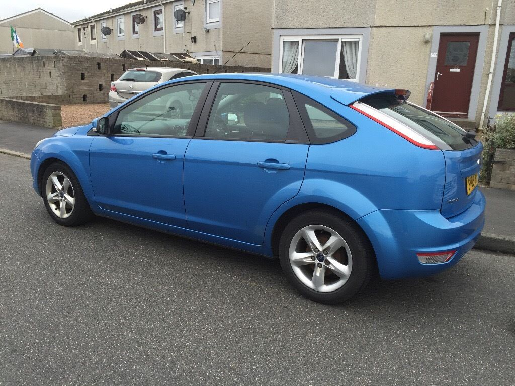 Ford Focus zetec 1.6 low mileage