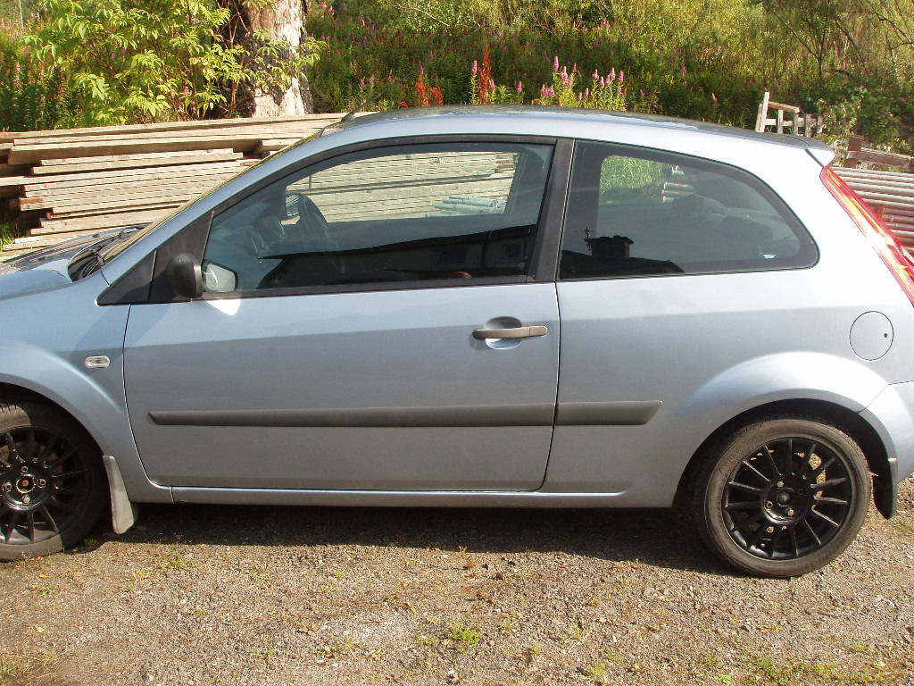 Ford Fiesta Zetec - Swap/sell