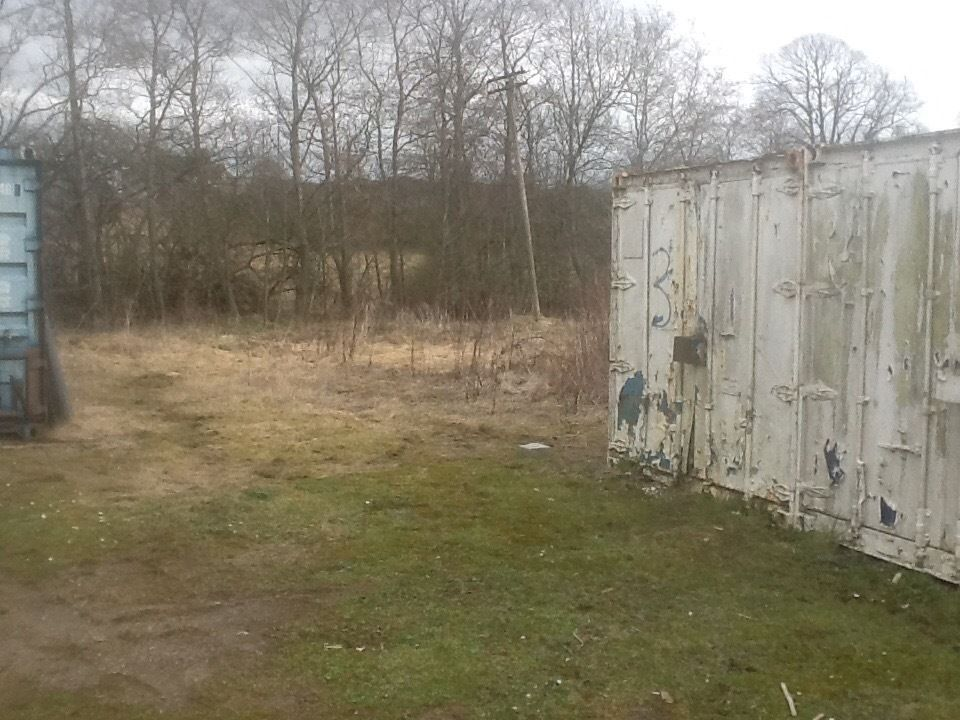 Commercial yard to let