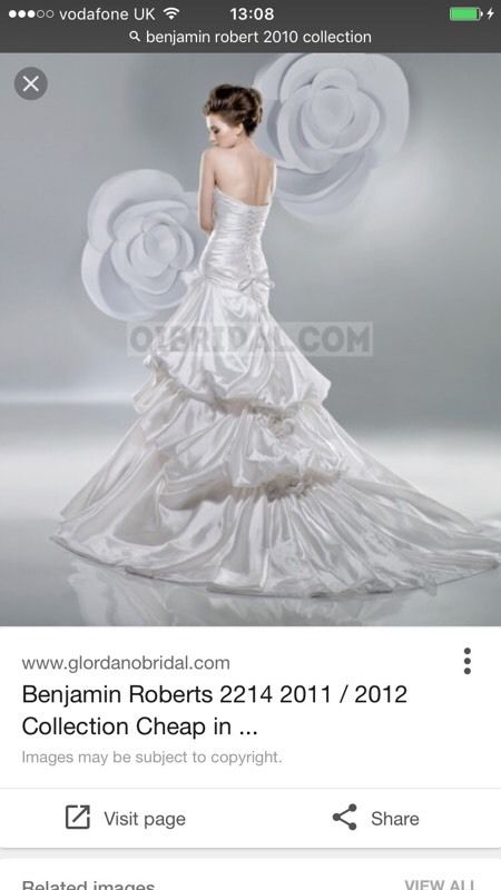 Brand New Benjamin Roberts Wedding Dress