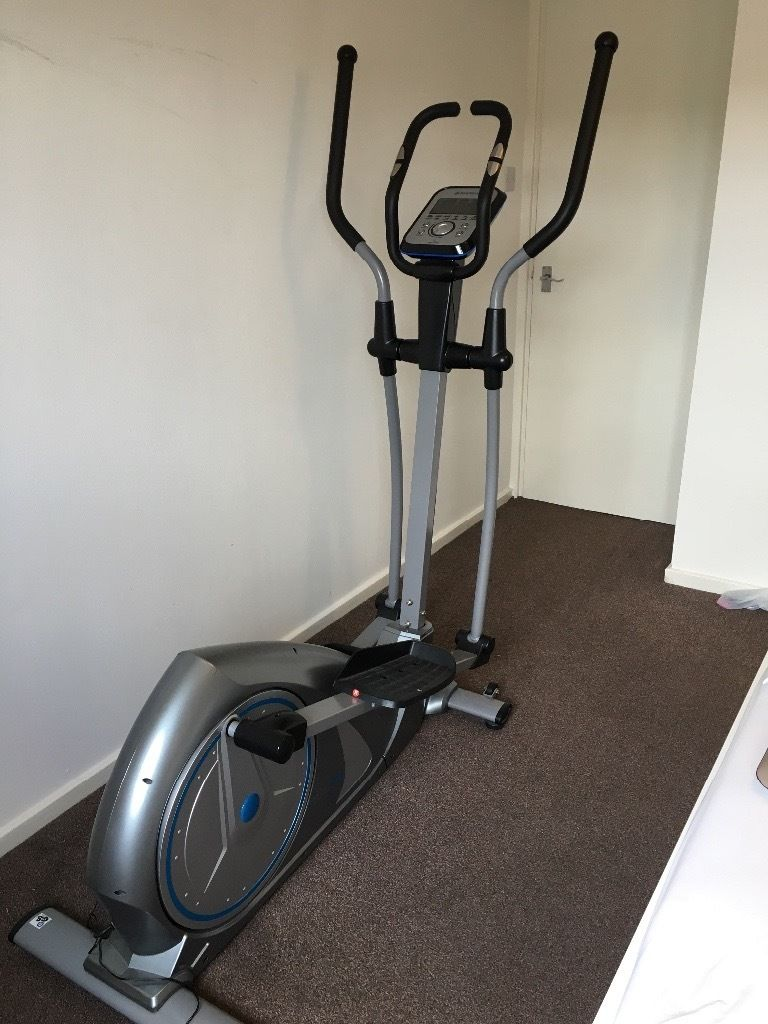 Body Max Cross Trainer