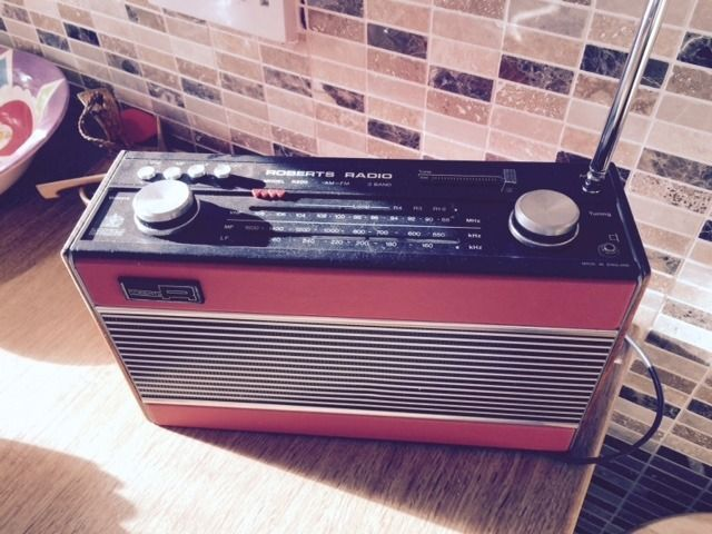Vintage Roberts R800 Radio in full working order