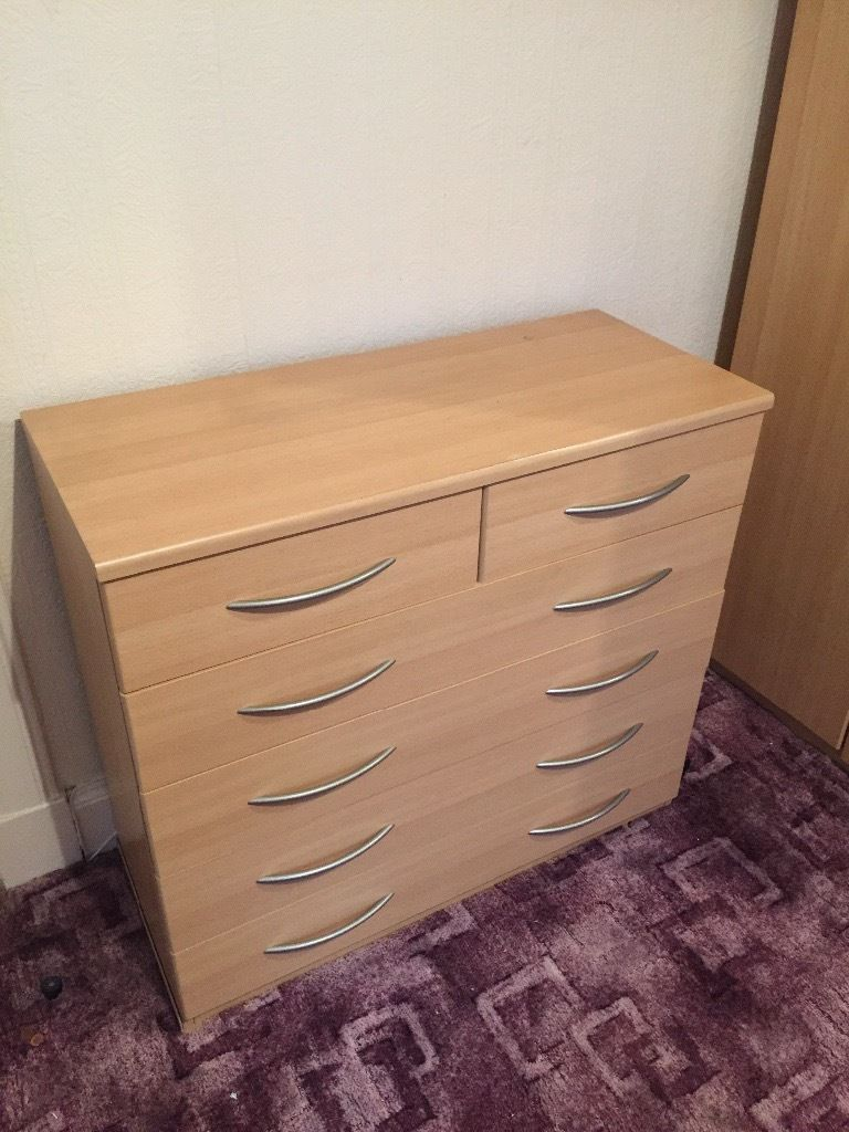 Wooden drawers in Pine, new condition!