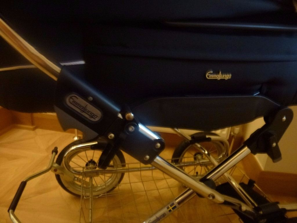 Pram / stroller from new born.