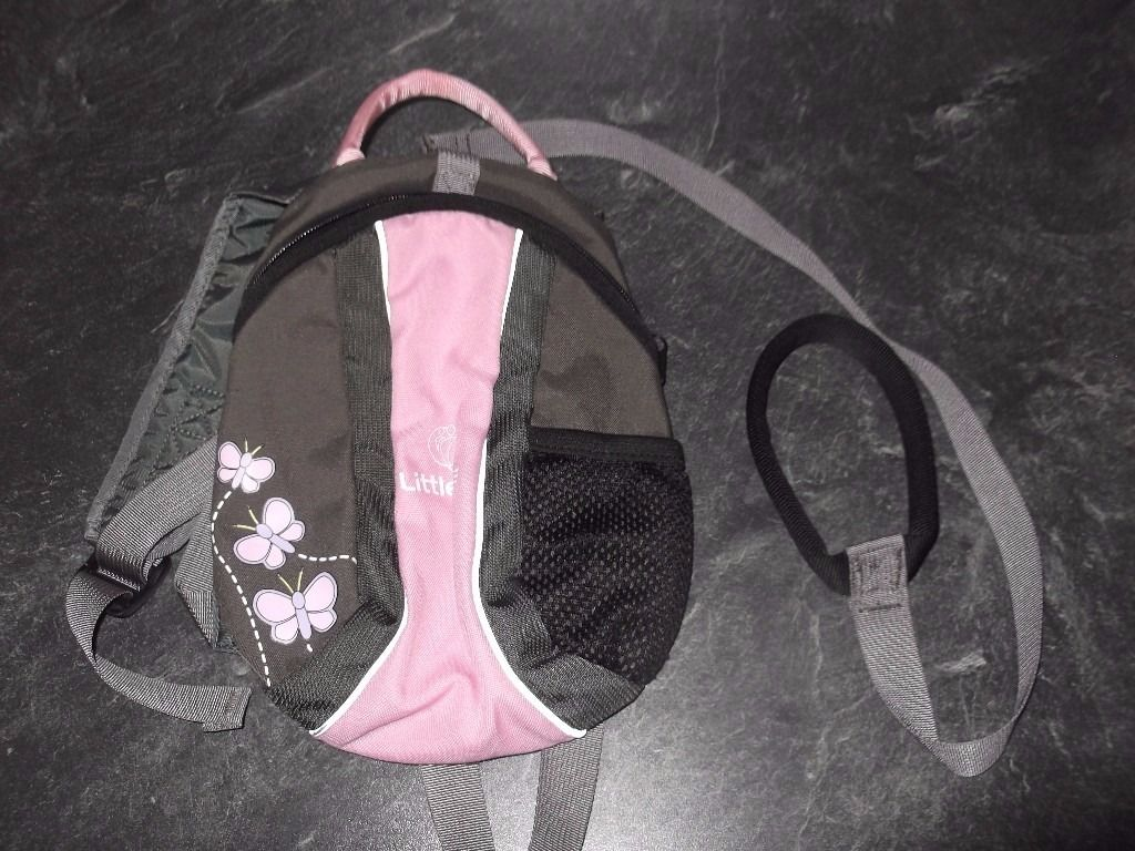 little life pink and grey kids rucksack with parent handle/lead collect Stonehaven