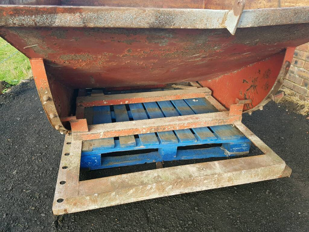 Tipping skip with Chilton tractor loader brackets fitted