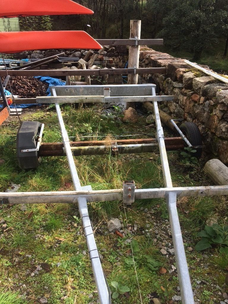 Canoe trailer chassis