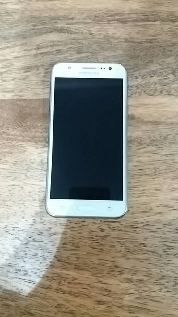 Samsung Galaxy J5 SM-J500M 8GB White