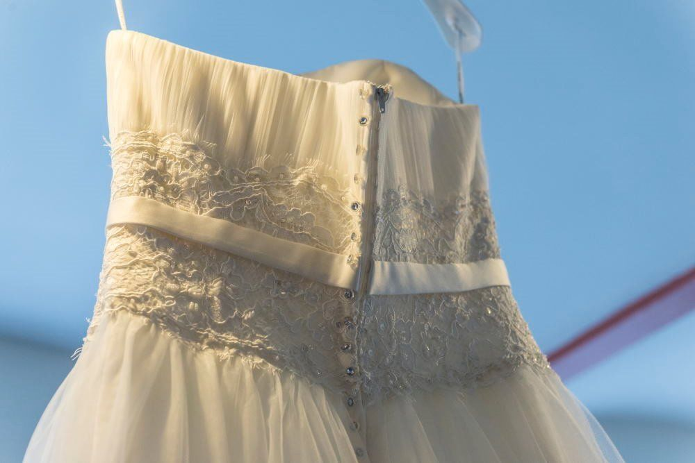 Stunning Agnes Bridal Wedding Dress - Immaculate Condition, Ivory Size 14 with Underskirt & Hoop