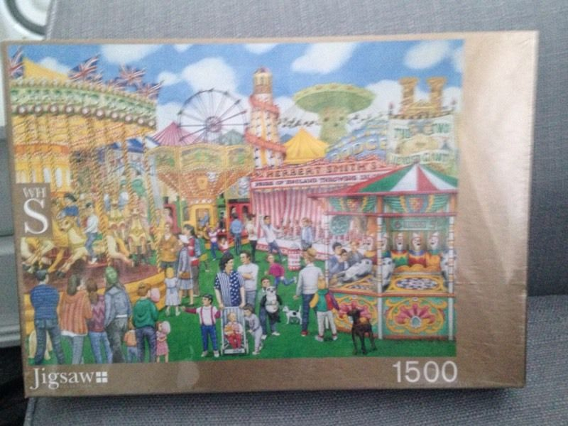 WH SMITH 1500 piece jigsaw fairground theme B New sealed