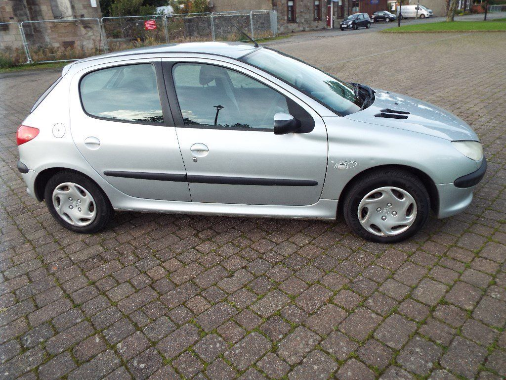 PEUGEOT 206 LOOK 1.4 HDI 5dr diesel, in silver, 1OWNER