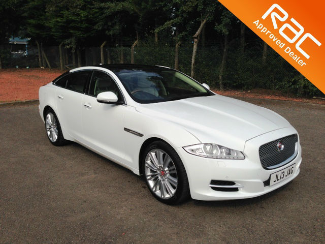 2013.63. JAGUAR XJ 3.0 TURBO DIESEL.V6.AUTOMATIC.PORTFOLIO.POLARIS WHITE.