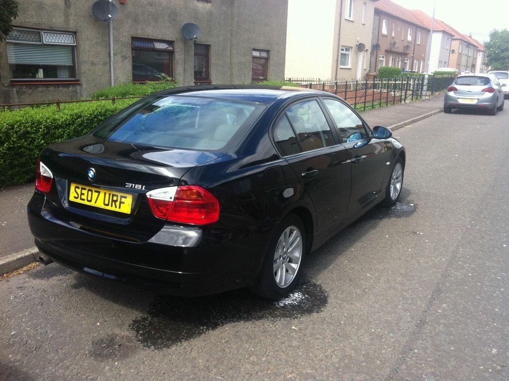 BMW 318i full with service history low mileage