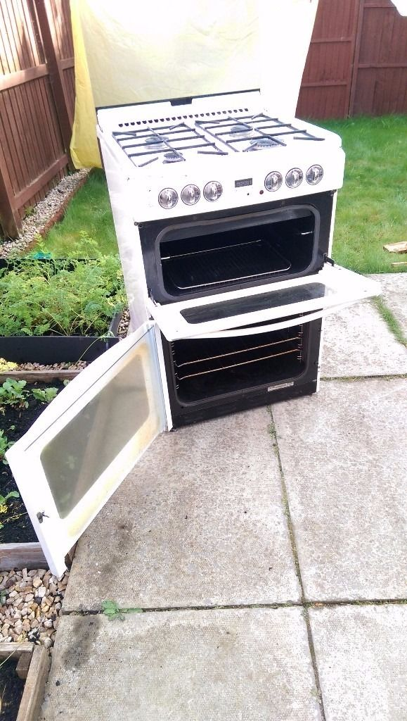 Gas cooker with electric oven and grill for free.