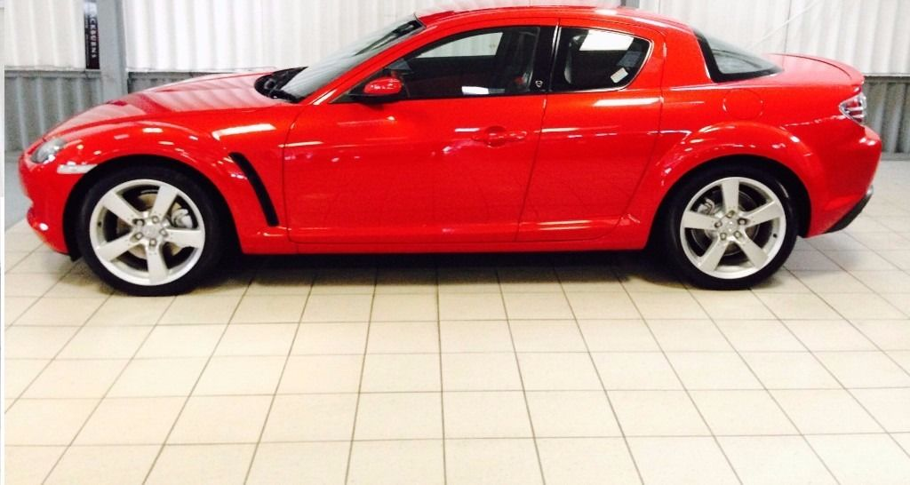 Fantastic Condition Mazda RX8, FSH, New MOT, Only 10,000mls on new engine, cheap tax!