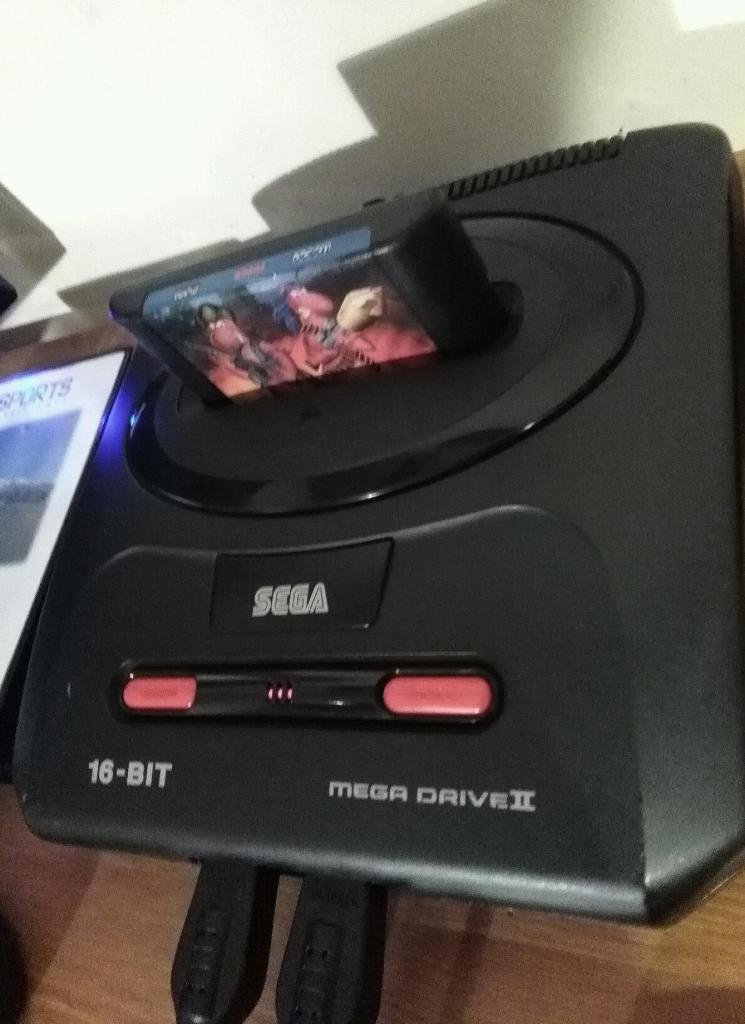 Sega Mega Drive swap WHY 2 controllers 2 games perfect working order excellent condition
