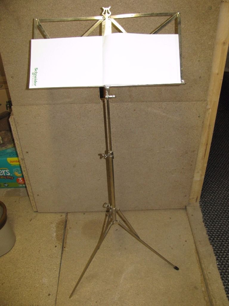 Tripod Sheet Music Stand