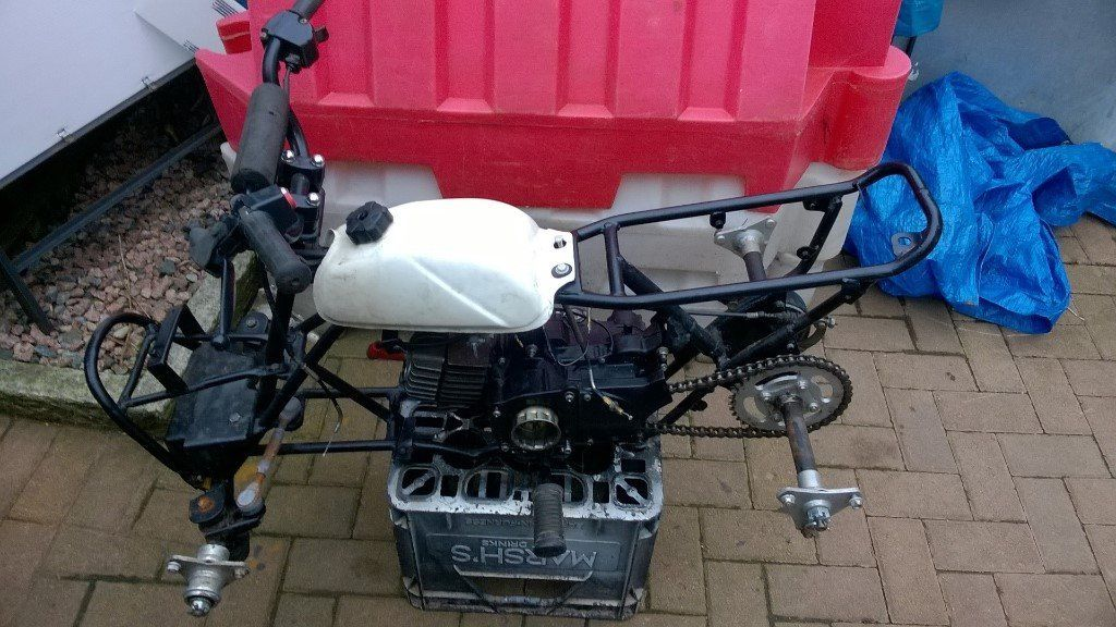SUZUKI LT 50 FOR BREAKING ONLY ALL PARTS AVAILABLE
