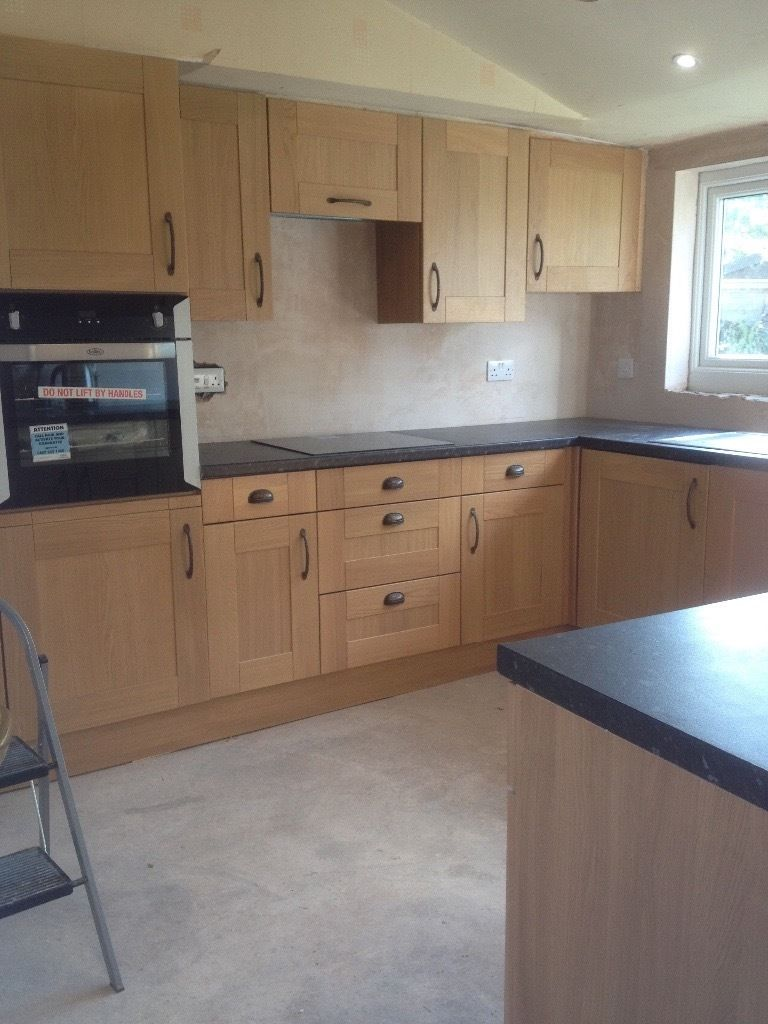 Finishing joiner and kitchen fitter