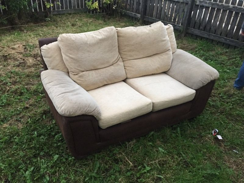 2 and 3 seater couch