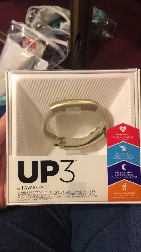 Jawbone Up band 3 in gold
