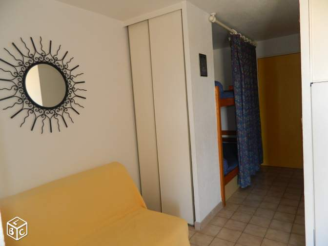 Appartement P2 cabine , , garage , piscine