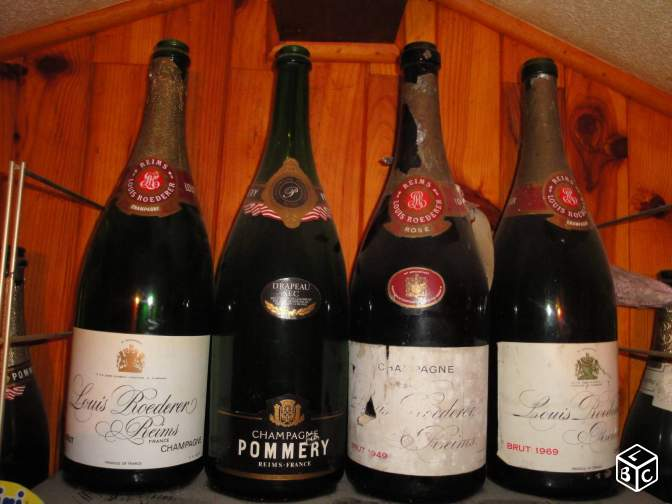 Bouteilles vides Champagne Roederer collection