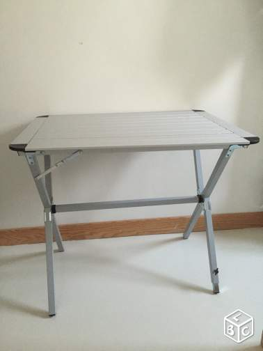 Table camping pliable