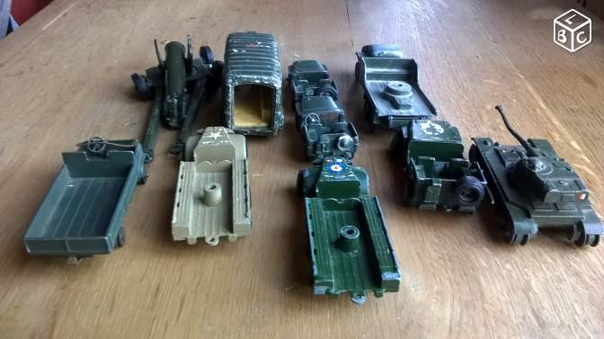 Vehicules militaires Dinky Toyes,CIJ,Solido